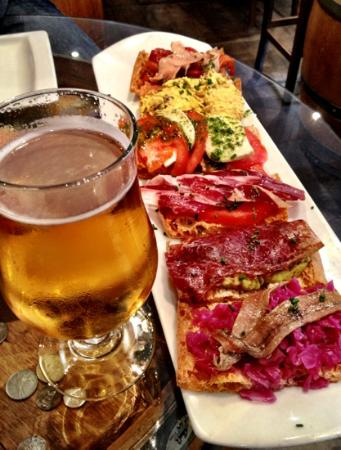 beer-and-tapa-plate